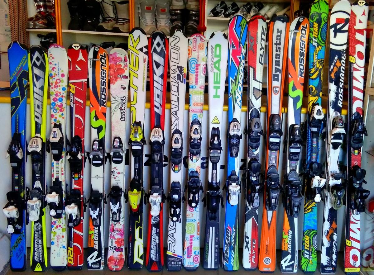 f8d1915f8 Dětské lyže v délkách od 120 cm do 150 cm těchto značek: Salomon, Völkl,  Tecno, Atomic, Rossignol, Head, Nordica, Fischer, Dynastar